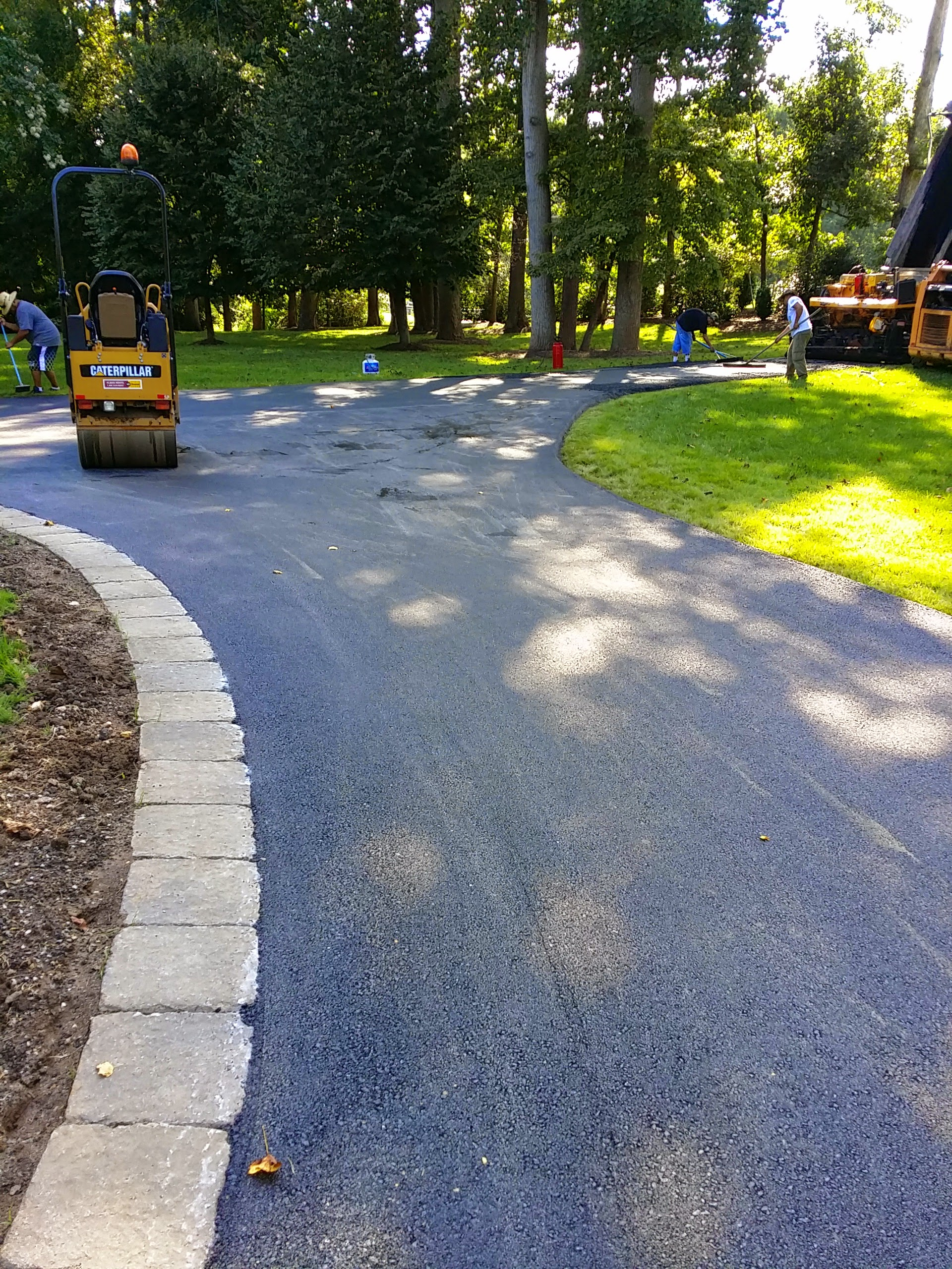 Asphalt Driveway St Parking Lot Sealcoating Driveway And